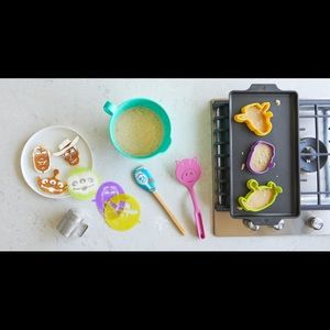 Pampered Chef Toy Story Breakfast Set NEW